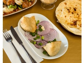 Meat Samosa (2 Pieces)